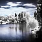 A boat - Infrared - lake daumesnil - Bois de Vincennes - Paris